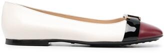 Tod's T-logo ballerina shoes