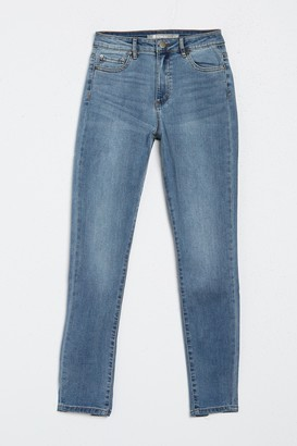 Tractr High Rise Back Slit Jeans