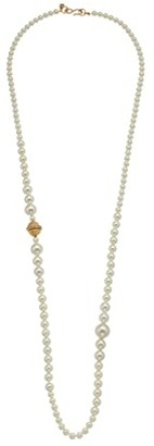 Kenneth Jay Lane 36 Small to Large S Hook Necklace (White Pearl/Gold) Necklace