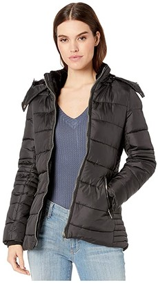 YMI Jeanswear Snobbish Polyfill Puffer Jacket w/ Faux Fur Trim Hood and Pop Zippers (Black) Women's Clothing