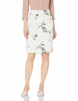 Kasper Women's Petite Embroidered Scuba Crepe Slim Skirt