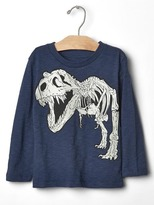Gap Extinct glow-in-the-dark tee