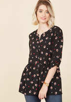 ModCloth Creative Career Conference Button-Up Top in Black Bloom in 1X