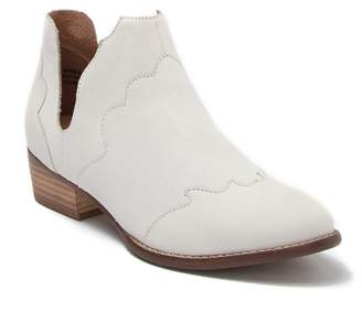 Seychelles Reservoir Leather Bootie