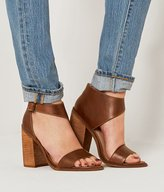 Kelsi Dagger Mayfair Shoe