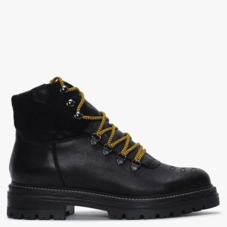 Alba Moda Black Leather Walking Boots