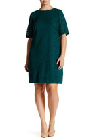 London Times Short Sleeve Geo Burnout Shift Dress (Plus Size)