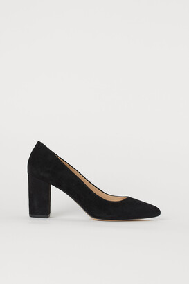 H&M Suede Pumps