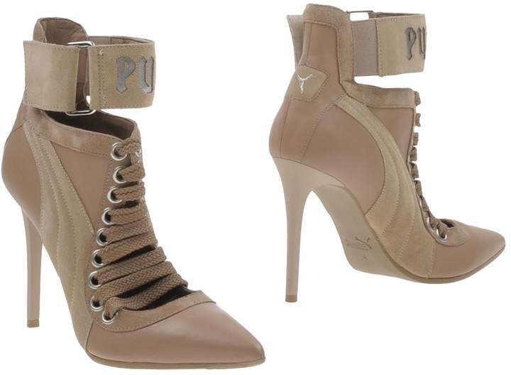 competitive price ea926 82e8d Ankle boots