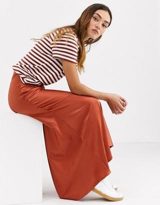 Monki midi satin skirt in rust-Brown