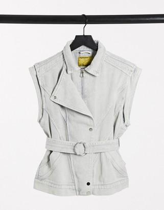 Signature 8 denim belted vest in light gray