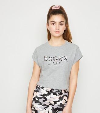 New Look Girls Bronx Camo Slogan Crop T-Shirt