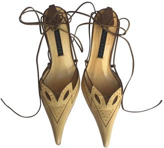 Pura Lopez Camel Leather Heels