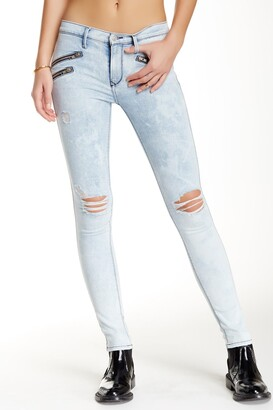 Black Orchid Billie Zipped Distressed Skinny Jeans