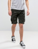 Solid Cargo Shorts In Camo