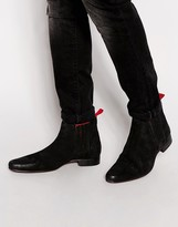 Asos Chelsea Boots In Suede With Red Back Pull