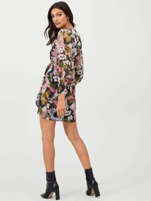 Very Wrap Georgette Dress - Print