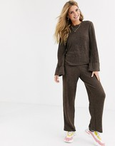 Pieces knitted flared pants two-piece