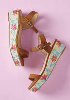 Chelsea Crew Embroidery Queen Platform Sandal in 41 - Flat - 0-1 by Chelsea Crew from ModCloth