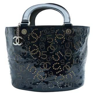 Chanel Navy Patent leather Handbags