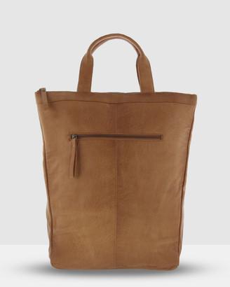 Cobb & Co Belmont Sleek Leather Backpack