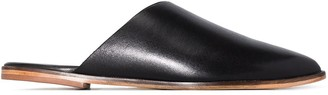 ST. AGNI Zuri leather flat mules