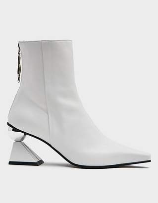 YUUL YIE Women's Amoeba Glam Heel Boot in White, Size 36.5 | Leather
