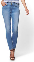 New York & Co. Soho Jeans - High-Waist Legging - Heartbreaker Blue Wash - Petite