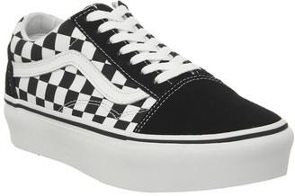 Vans Old Skool Platform Trainers Black Checkerboard True White