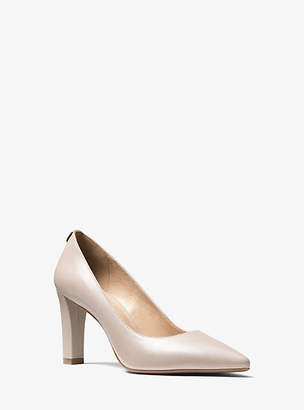 Michael Kors Abbi Flex Leather Pump