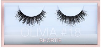 HUDA BEAUTY Olivia #18 Shortie Lash