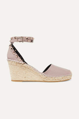 Valentino Garavani Rockstud Double 85 Textured-leather Wedge Espadrilles - Antique rose
