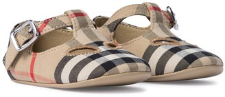 BURBERRY KIDS Baby Vintage Check cotton shoes