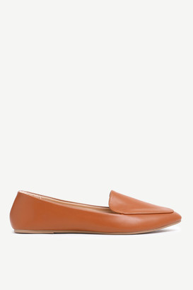 Ardene Pointy Faux Leather Loafers