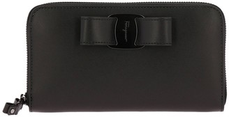 Salvatore Ferragamo Wallet Vara Rainbow Continental Zip Around Wallet In Smooth Leather With Vara Maxi Bow
