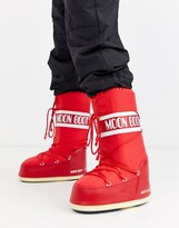 Moon Boot classic snow boots in red