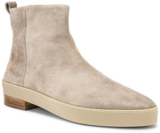 Fear Of God Chelsea Santa Fe Boot in God Grey | FWRD