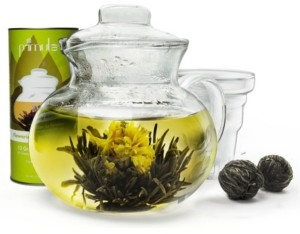 Primula Blossom Borosilicate Glass Teapot Infuser and 12 Blooming, Loose Leaf, Bagged and Flowering Tea