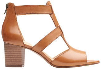 Clarks Deloria Fae Tan Leather Sandal