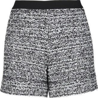 NEERA 20.52 Shorts