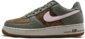 Nike Womens Air Force 1 Premium 03 Shoes - Size 9W