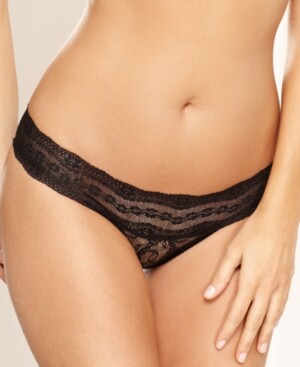 B.Tempt'd Lace Kiss Thong Underwear 970182