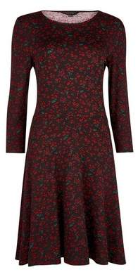 Dorothy Perkins Womens Red Ditsy Print 3/4 Sleeve Fit And Flare Dress, Red
