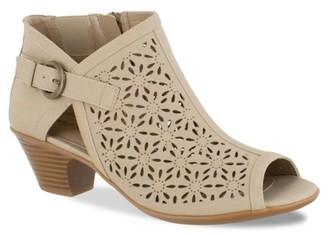 Easy Street Shoes Dakota Bootie