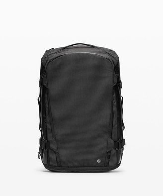 Lululemon More Miles Pack *39L Spectra