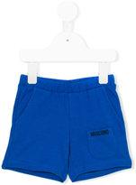 Moschino Kids - logo print shorts - kids - Cotton/Spandex/Elastane - 6-9 mth