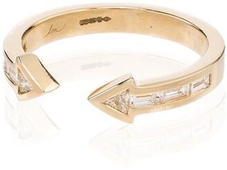 Lizzie Mandler Fine Jewelry Arrow 18kt yellow gold diamond ring