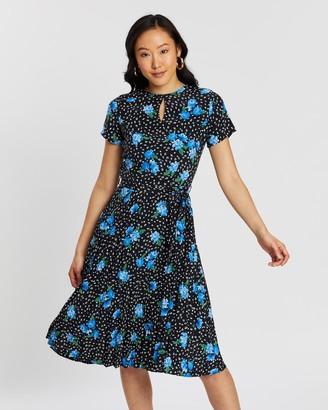 Dorothy Perkins Floral Short Sleeve Pleat Dress