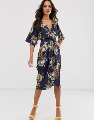 Hope & Ivy kimono wrap midi dress in navy floral