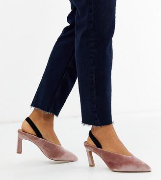 Asos Design DESIGN Wide Fit Wishful mid heels in blush velvet-Pink